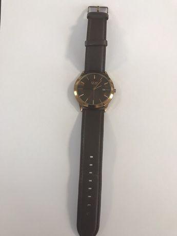 Relógio marca ONE