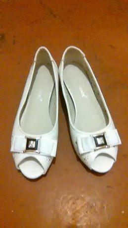 Продам туфли-лодочки, новые!