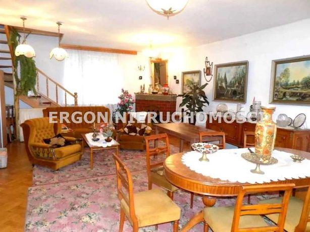 Do sprzedaży piętrowy dom w gminie Blizanów