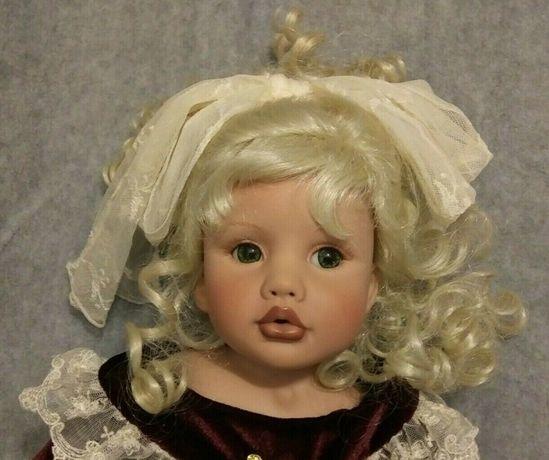 Облачко кокетливых кудряшек-коллекционная кукла от Linda Rick Beverly