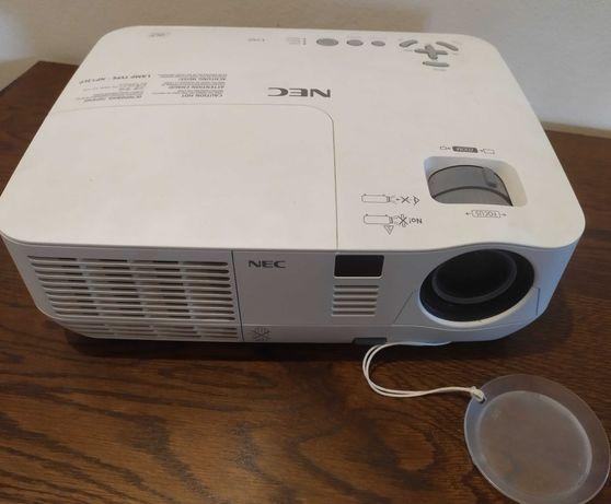 projektor NEC rzutnik kino domowe model  NP-V260