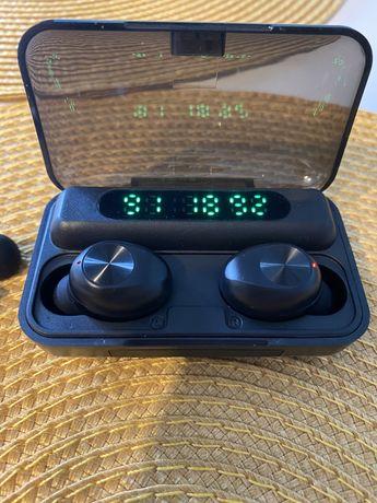 Słuchawki bezprzewodowe z powerbankiem