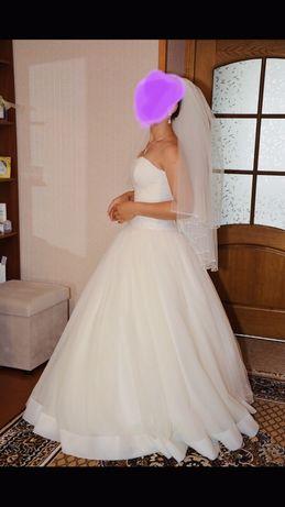 Свадебное платье, весільна сукня кольору айворі