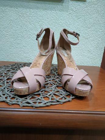 Zestaw 4 par butów