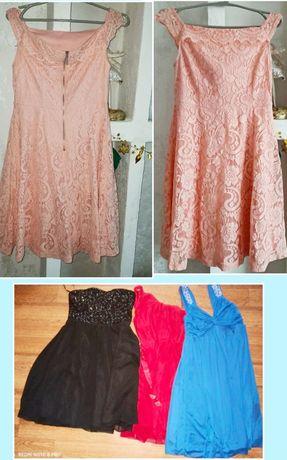 Продам пакетом шикарные платья на девочек  12-13 лет