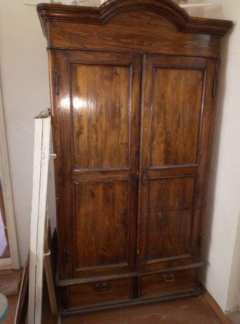 продам старинный шкаф (антиквариат)