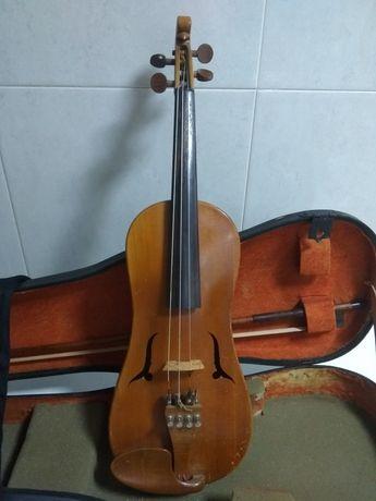 Violino Suíço de 1956 voluta cabeça de passaro efes estilo barroco