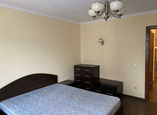 2х комнатная квартира на ж/м Коммунар
