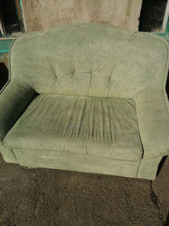 Продам диван малютка