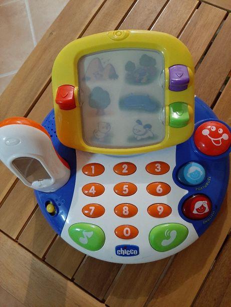 Brinquedo Telefone Musical Português - Inglês Chicco