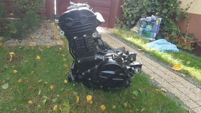 Silnik BMW F800R