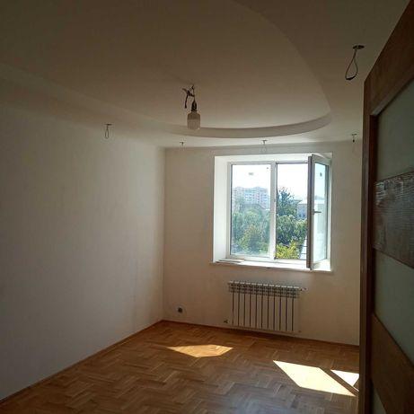 Продам квартиру по вул. Багалія