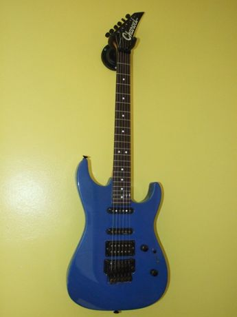 Guitarra electrica Charvel 375 Deluxe made in USA