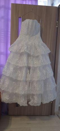 Весільна  сукня  46-48 розмір