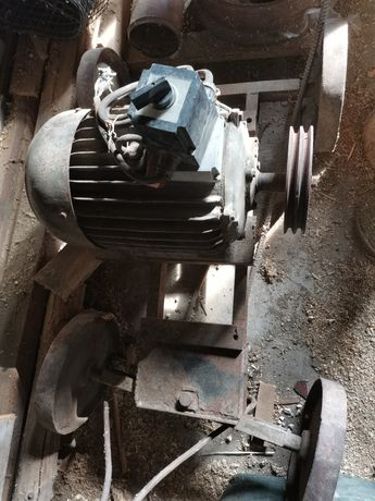 Silnik elektryczny 17 kw 1470 obr/min trójfazowy