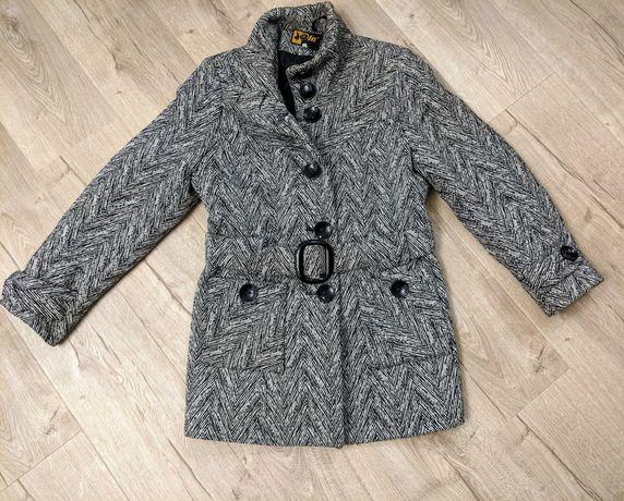 Płaszcz zimowy ocieplany damski M