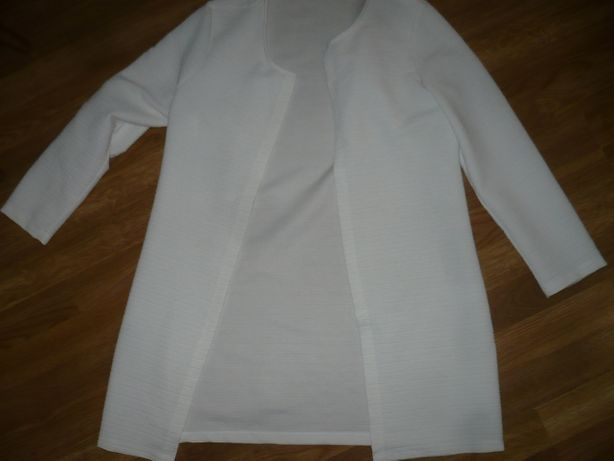 Пиджак белый женский 46р.М