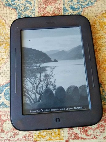 Электронная книга Nook Simple Touch (BNRV300). Сенсорная. Все Форматы