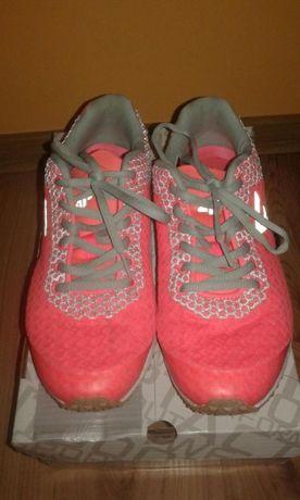 Damskie buty firmy 4F, rozm.38