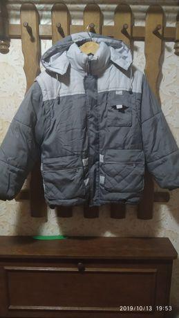 Продам зимову курточку! Дешево!