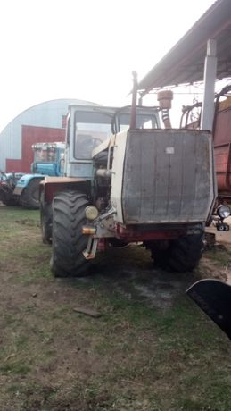 Трактор ХТЗ Т150, двигатель Д260