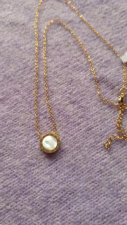 Dzień kobiet perły prezent urodziny łańcuszek celebrytka nowy złoty