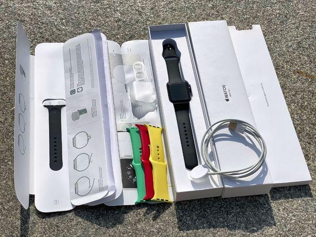 Черные Apple Watch Series 3 42mm Space Gray/Black обмен (38/40/44/2/4)