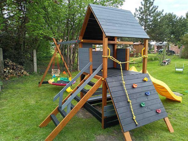 Plac zabaw drewniany