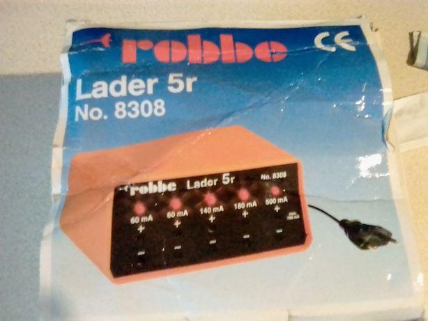 sprzedam ładowarkę ROBBE Lader 5