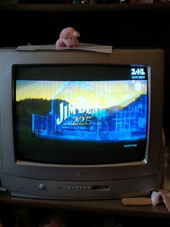 Телевизор Lg цветной