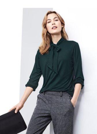 Стильная блуза красивого мятного цвета, с бантом-галстуком от TCM Tchi
