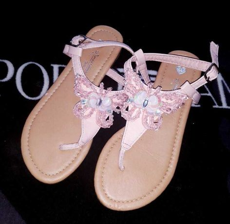 Крутые босоножки - сланцы вьетнамки бабочки фирма Girls Sandals