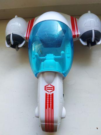 Инерционная машинка фирмы Hasbro-UB-11 1AZ.