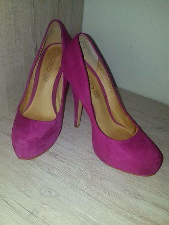 Лабутены нарядные туфли ALDO яркие малиновые 37размер