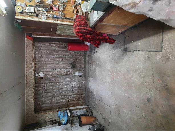 Продам гараж на Боженка