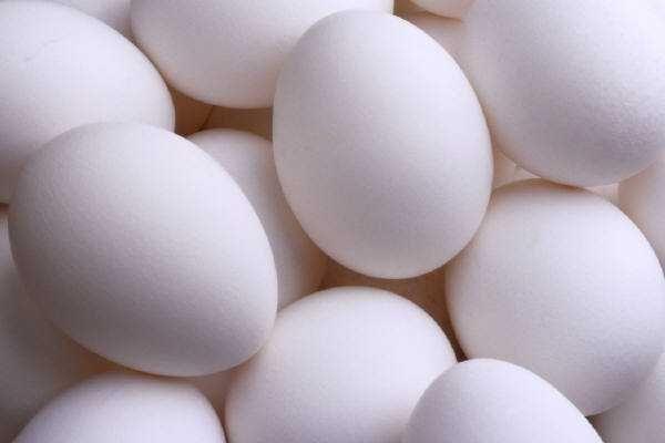 jaja wiejskie od kur zielononóżek oraz zwykłych