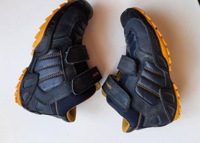 Продам деми ботинки Geox 30р