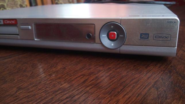 Продам Philips DVD R3380