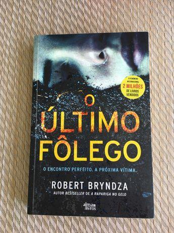 Livro O Último Fôlego - Robert Bryndza