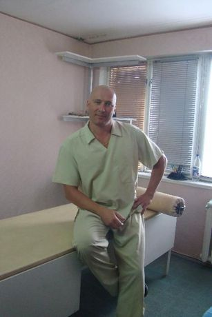Массаж.Мануальная терапия.Лечение сколиоза!стаж работы 25 лет!