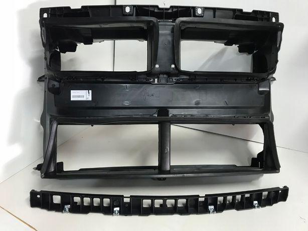 BMW X1 F48 воздуховод с управл. заслонками, передняя панель, пластик