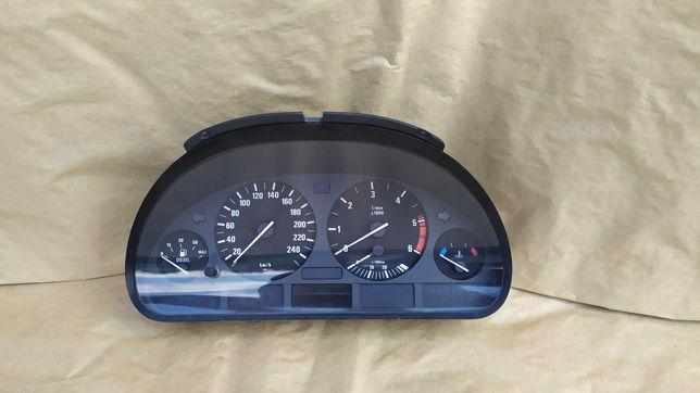 Licznik prędkościomierz BMW E39 2.5d 3.0d