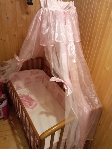 Балдахін і бортики для дитячого ліжечка