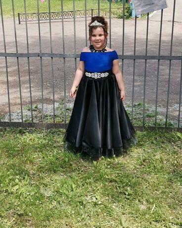 Платье на выпускной в саду