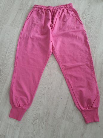 Spodnie dresowe nowe