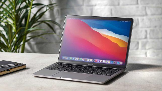 "Apple MacBook Pro 13"" 2020 року M1 8 256gb Space Gray MYD82 15 циклів"