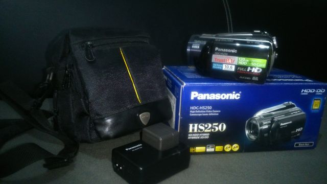 Kamera Panasonic HDC-HS250 120GB HDD