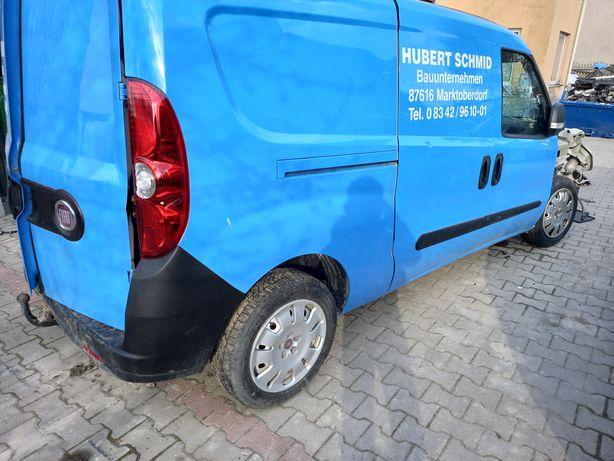 Fiat doblo combo maxi drzwi prawe boczne