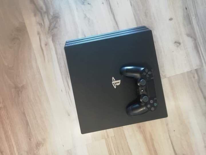 PlayStation 4 Pro Wyskoć - image 1