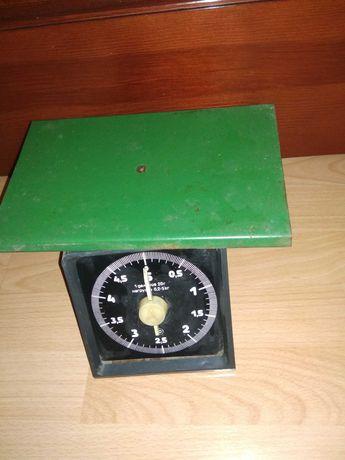Весы механические в рабочем состоянии